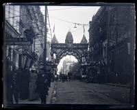 Yates Arch over Chestnut St. above 6th, [Constitutional Centennial Celebration, Philadelphia] [graphic].