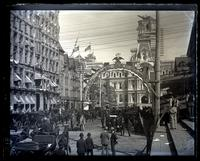 [Broad St. looking N. from Sansom St. on 3rd day of Centennial of our Constitution, showing Arch with coats of arms of states. Constitutional Centennial Celebration, Philadelphia] [graphic].