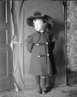 [Portrait of Elizabeth Berry in a coat and hat] [graphic].