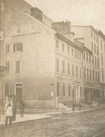 [The Hamilton mansion, S.E. corner of Seventh and Carpenter, now Jayne St., taken down this spring.] [graphic].