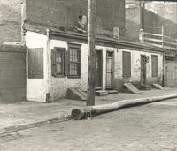 [Three row houses in Irish neighborhood at 2nd and Noble Streets, Philadelphia] [graphic].