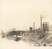 [United Gas Improvement Company's Point Breeze Gas Works from the Passyunk Avenue bridge over the Schuylkill River, Philadelphia] [graphic].