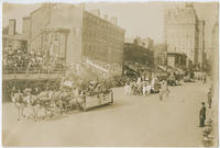[Founders' Week parade, Philadelphia Brewing Co. floats, Industrial Day, October 7, 1908, Philadelphia]