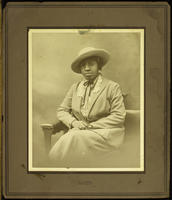 [Unidentified African American woman]