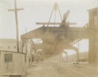 Progress of steel construction in Kens. [Kensington] Ave., looking south [at bent 374], April 16, 1917.