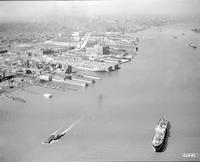 [Ships on the Delaware River, South Philadelphia, Philadelphia.]